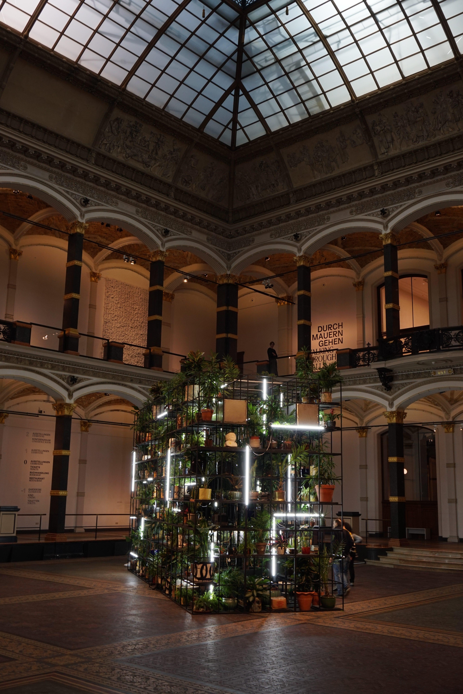 Garten der irdischen Freuden – Gropius Bau Foyer