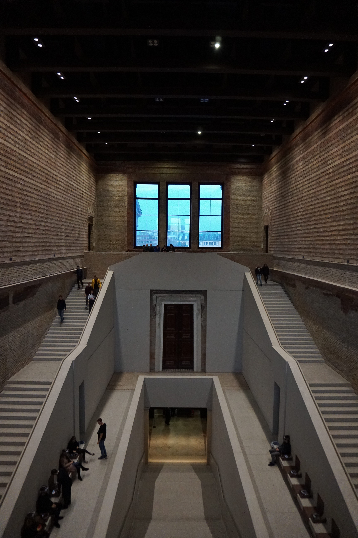 Treppenhaus Neues Museum – David Chipperfield