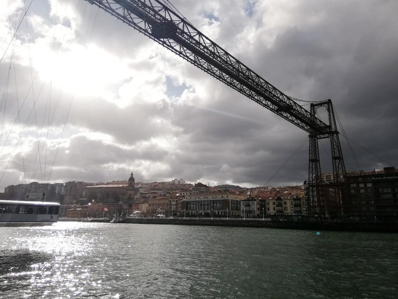 Die Puente de Vizcaya in Getxo